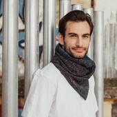 Has visto cuánta variedad de bufandas para hombres? 👦🏽🧣 Son muy cómodas y super ponibles en cualquier momento del año! ☀️🍂❄️🌧   Have you seen our range of mens scarfs? 👦🏽🧣 They are so comfortable, soft and wearable in any season! ☀️🍂❄️🌧    #bufandas #mensscarf #hechoamanoenespaña #modaespañola #modahombre